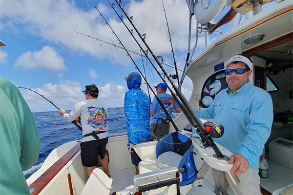 special shared fishing galapagos 20210908 04